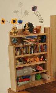 miniature-clutter
